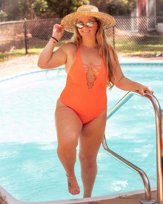 #HotMomSummer is upon us and I'm just here to make sure you all understand that it's about to go down🔥🙌🏼 This summer we will not be embarrassed of the bathing suit but we will embrace it and be confident❤️🕺🏼   Orange one piece bathing suits have my heart this summer. I want to radiate that sunset vibe all season🌅 check out more one piece swimsuits here http://liketk.it/3hFhl @liketoknow.it #liketkit #LTKcurves #LTKstyletip #LTKswim #onepiece #swimwear #curvygirl #curvyblogger #bodypostivity #bodypositivemovement #bodyconfidencemovement #fullfiguredfierce #selflove #lovemybody #styleblogger #stylefiles #northcarolinablogger #fayncbloggers #fayettevillenc #wilmingtonnc #raleighnc