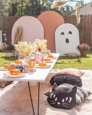 👻✨ New Blog Post✨👻  Head to:  https://thebohodiaries.com/boho-kids-halloween-party/  And read about all the details of the cutest Kids Halloween Party for your Boo crew! Come back here snd tell me your favorite part!  @ashleyv.and.co and I worked so hard to bring this to life and I could not be more proud of how it turned out. Special thank you to @bounce_my_way and the perfect entertainment for our Halloween bash!  Tell me in the comments what your favorite part of the party is!   #kidshalloweenparty #halloweenpartyforkids #bohohalloweenparty #halloweenpartyideas #halloweenpartydecor #halloweenparty #halloweenpartyfood #kidspartyideas #kidspartydecor #northcarolinablogger #fayettevillenc #raleighnc #spookycute #boocrew #ghoulgang