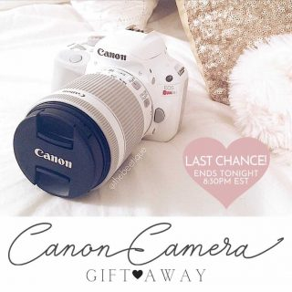 𝑬𝒏𝒅𝒔 𝑻𝒐𝒏𝒊𝒈𝒉𝒕!! To Enter, just go to @classy_giftings and Follow everyone they follow. . . W•I•N📷 a CANON EOS REBEL CAMERA! OR Choose the 💵 option instead! Which would you pick? . . 👉🏻ENDS TONIGHT: 8/22/21 👉🏻Open to USA & Canada only. . . . #camera_mama #homeschoolmama #mombloggers #mombosslife #mombossliving #momminainteasy #mompreneurlife #mompreneurs #momswhoblog #momswhowork #motherhustler #stayathomehustler #stayathomemomlife #teachergram #teachersofinsta #teachertribe #wahmlife #wfhlife #wfhm #wfhmom #workathomemom #workfromhomelife #workingmama #workingmomkind #workingmomlife #workingmommy #can0819